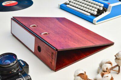 Aktenordner aus Holz ohne Gravur